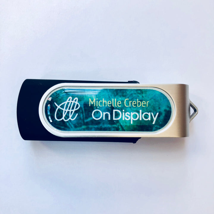 USB Stick - On Display & extras