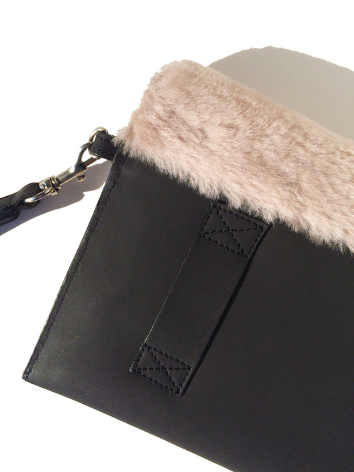 Mali leather bag with fur - back
