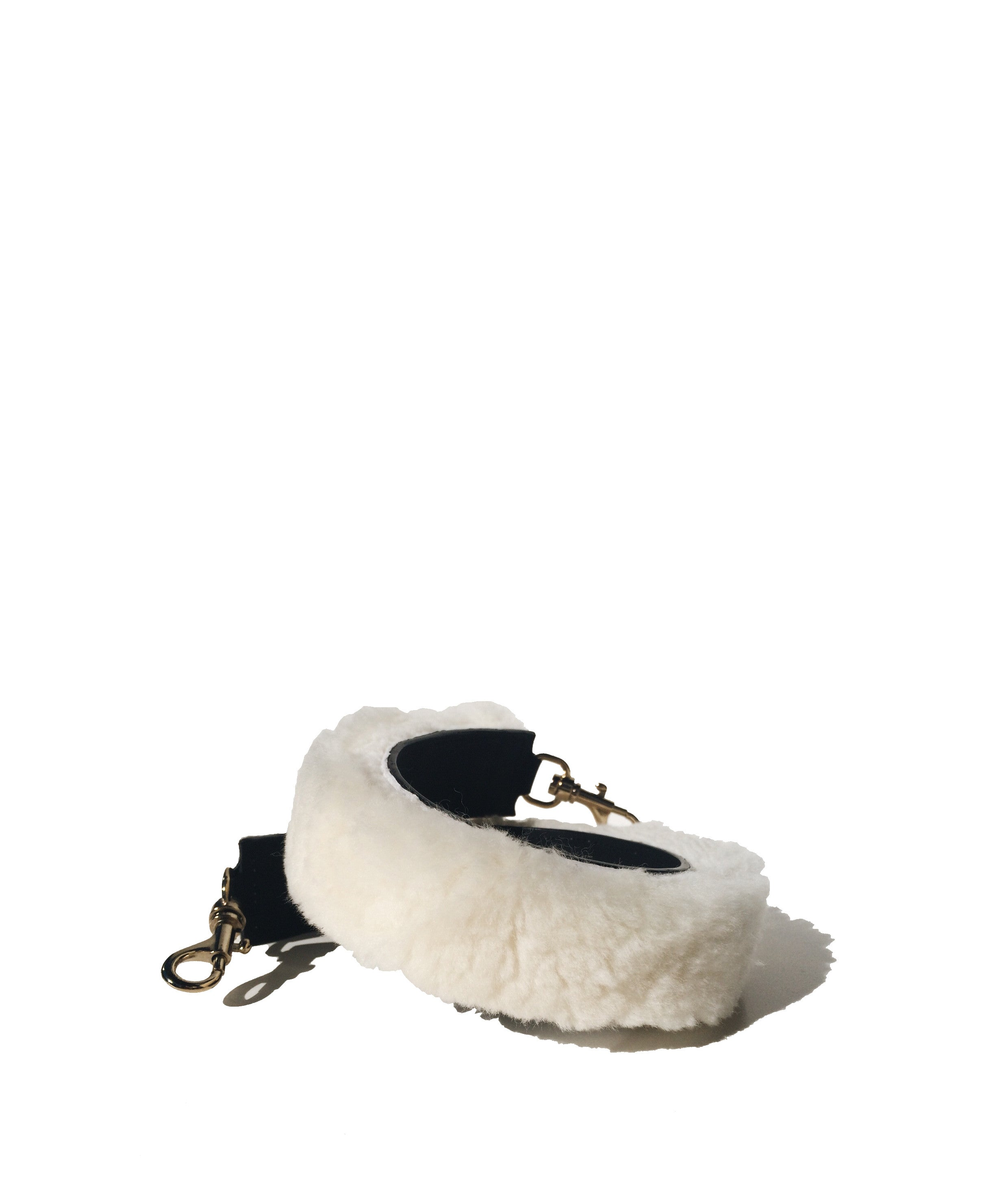 Fur shoulder strap