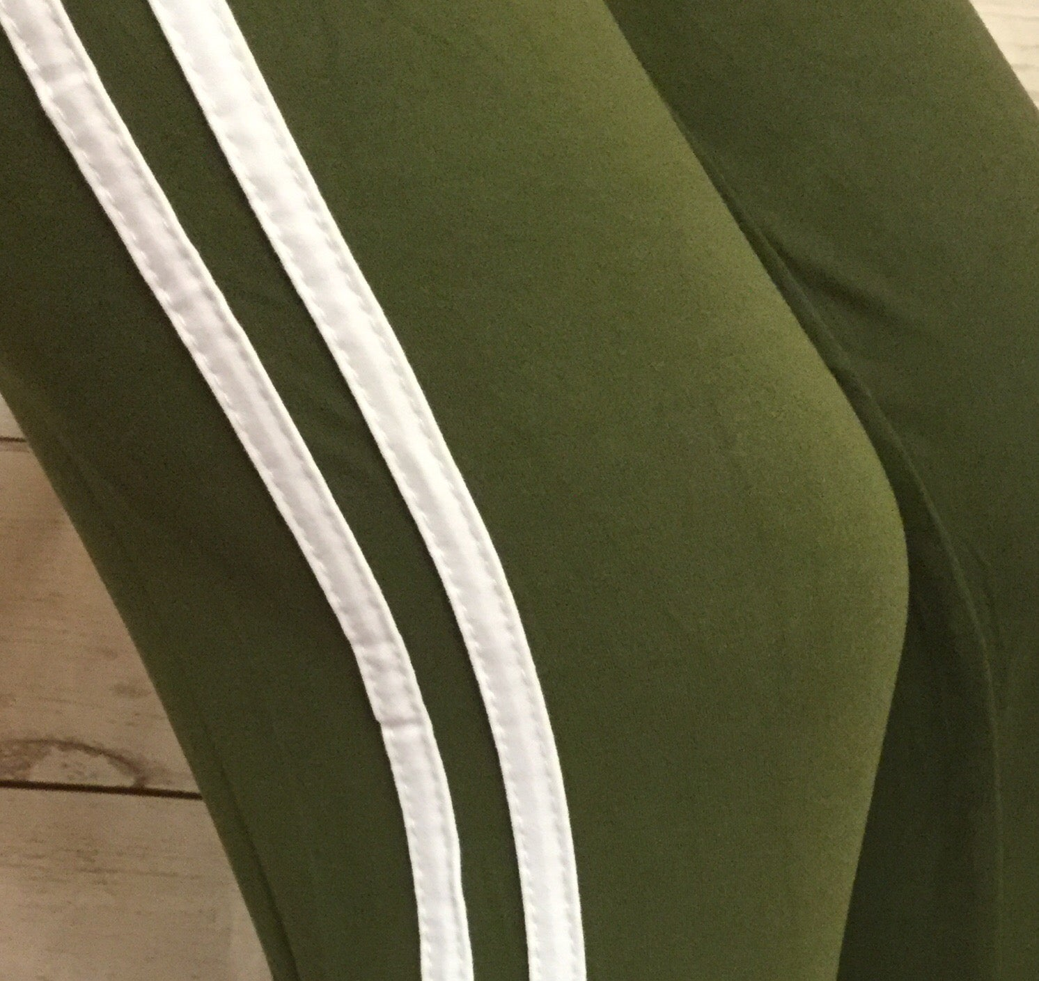 Striped Olive/White Capri
