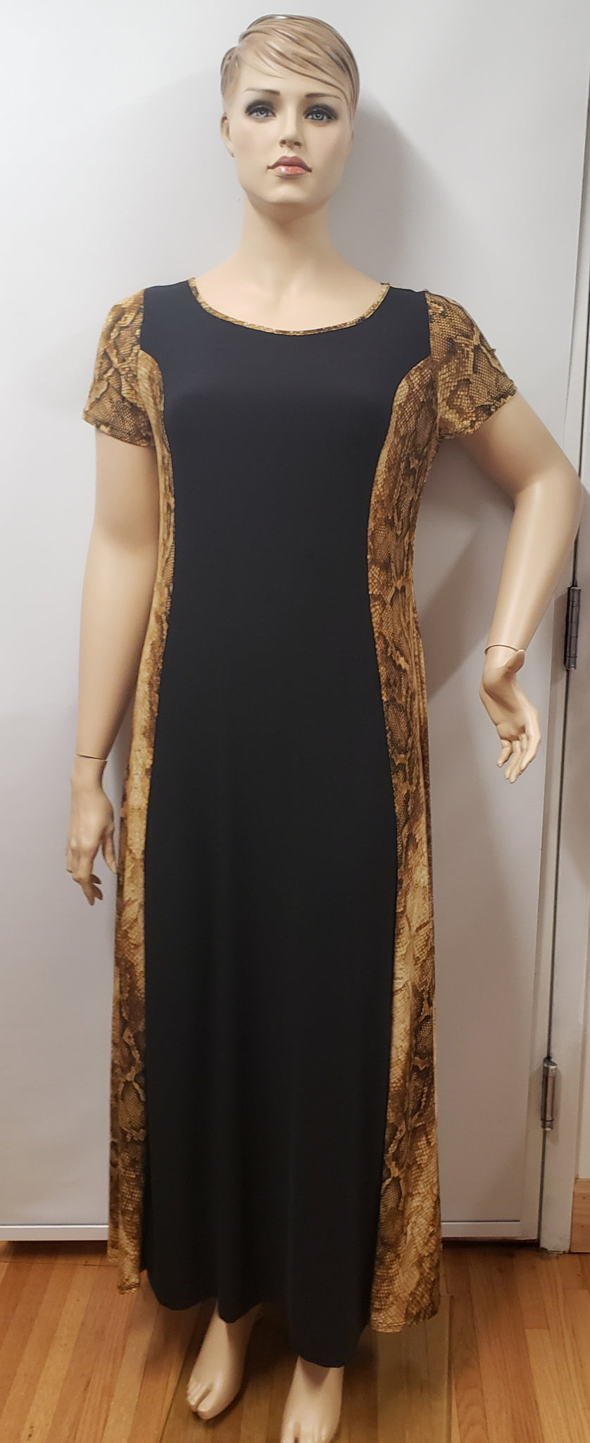 Plus Size Snake Print and Solid Black Maxi Dress