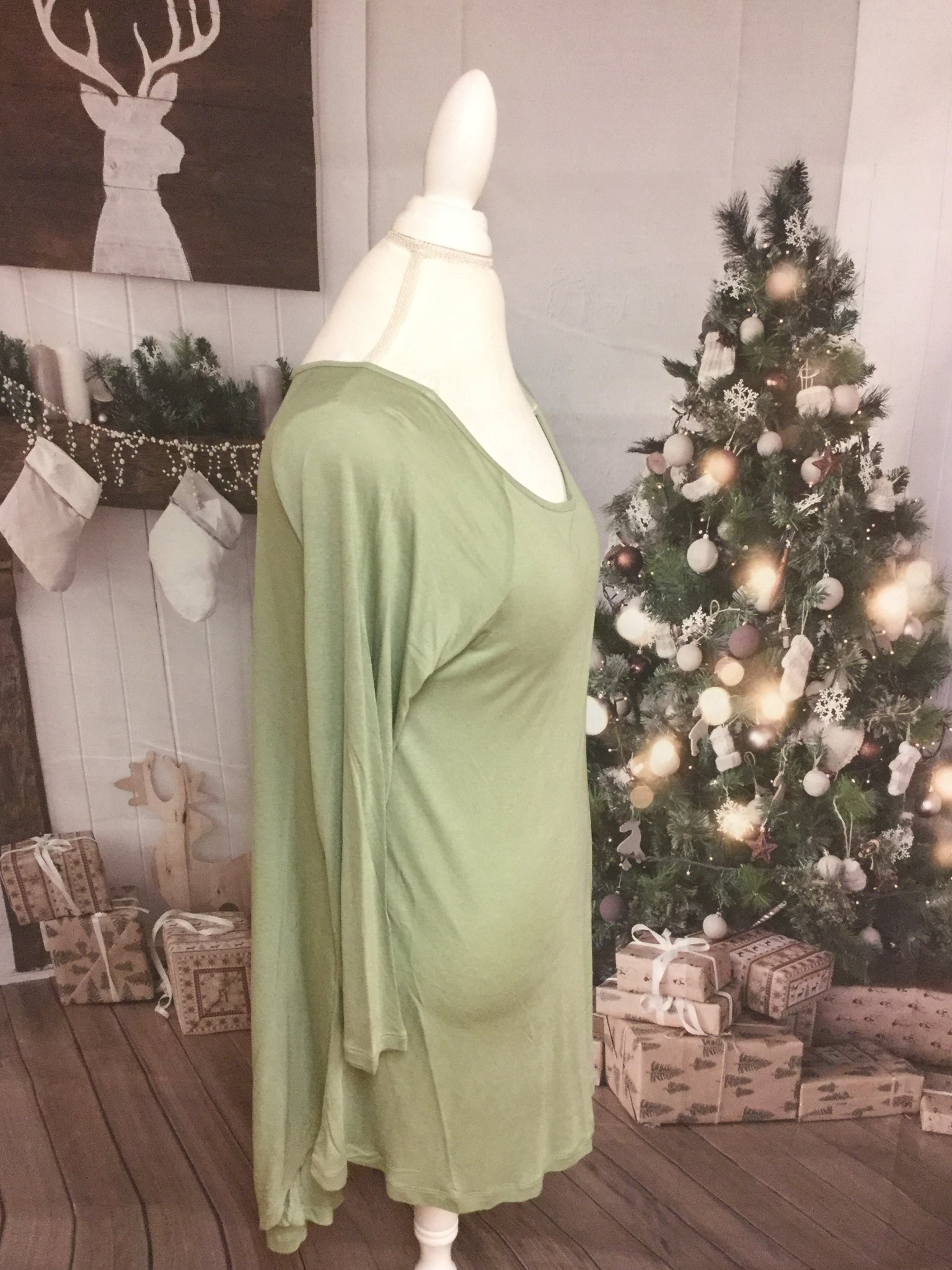 Sage High Low 3/4 Sleeve V Cut Tunic