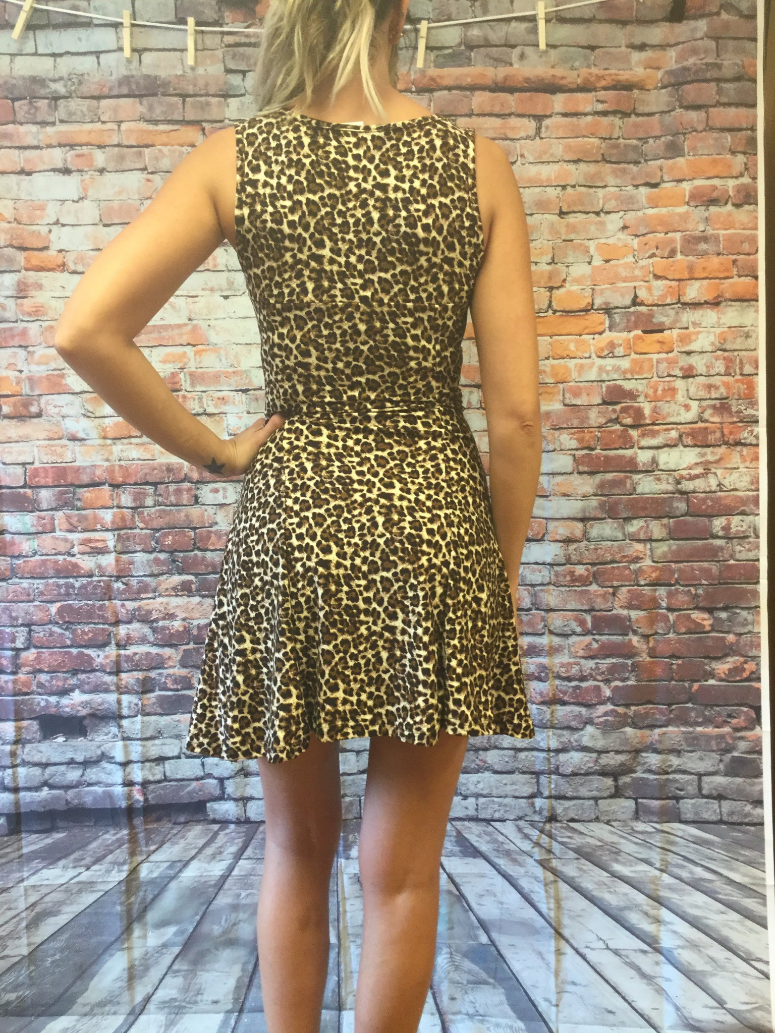 Body Con Leopard Fitted Dresses