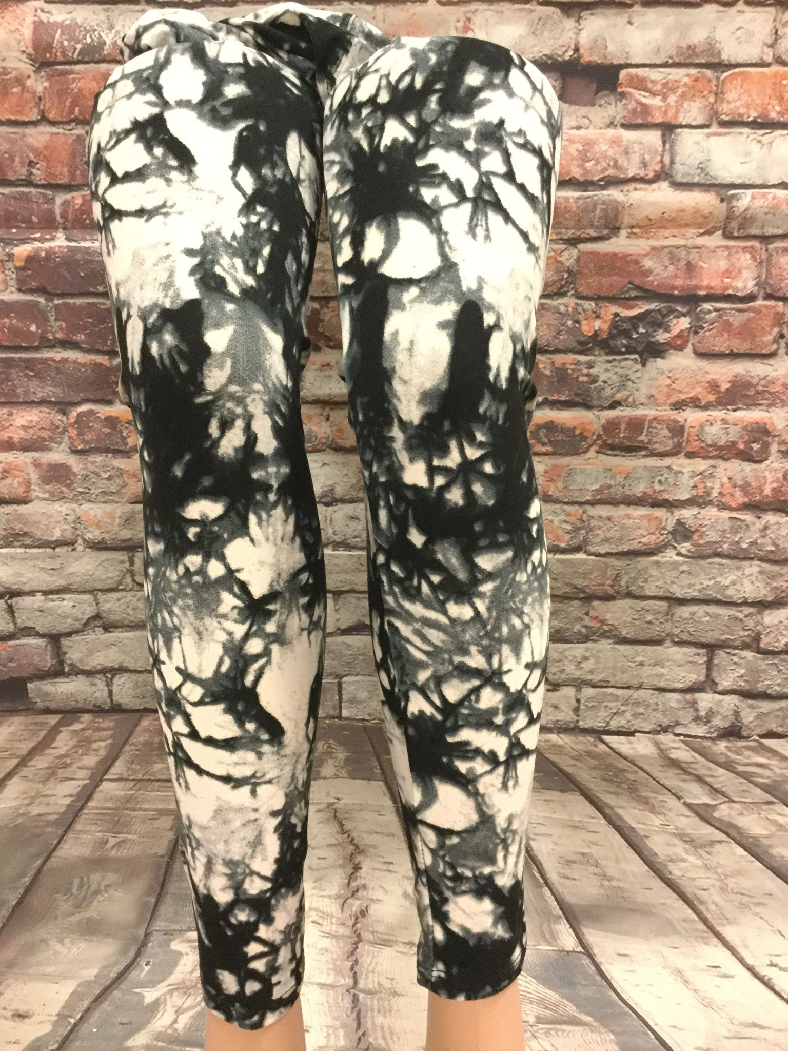 Misty Skies at Night Printed Legging