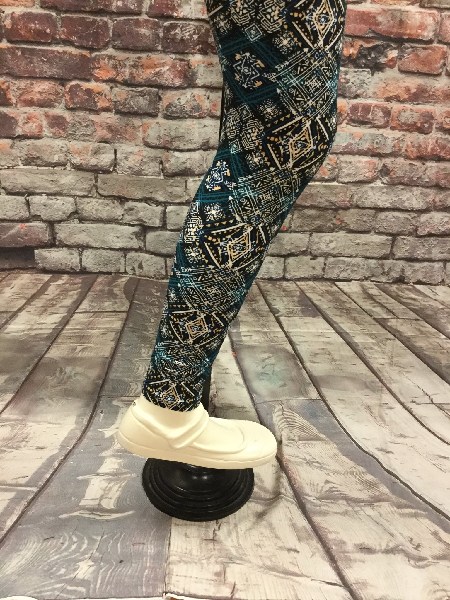 Tea Aztec Print Girls Leggings