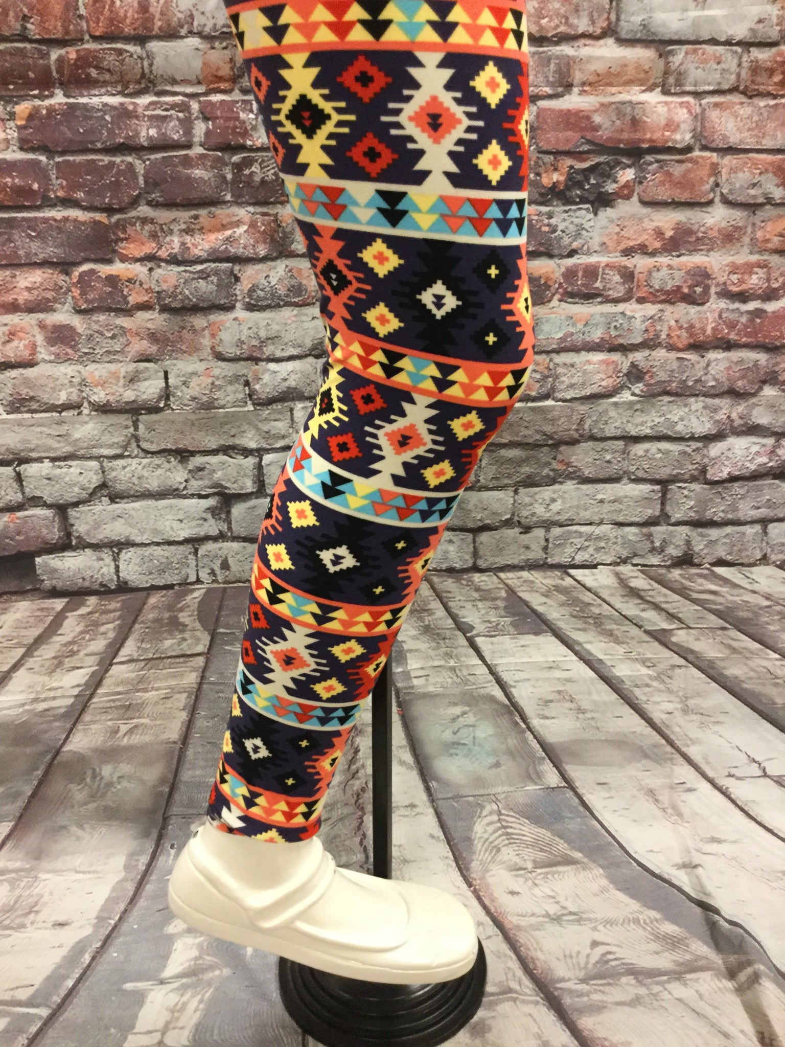 Gone Wild With Paint Girls Leggings