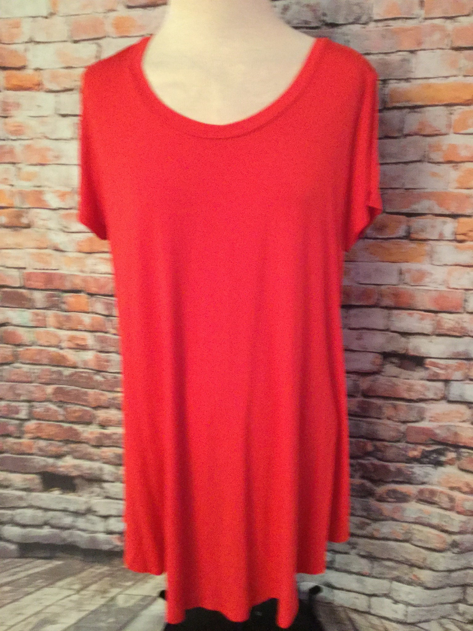 Plus Size Basic Red   Top