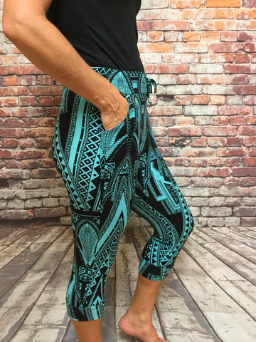 Cheyenne Teal Capri with Pockets