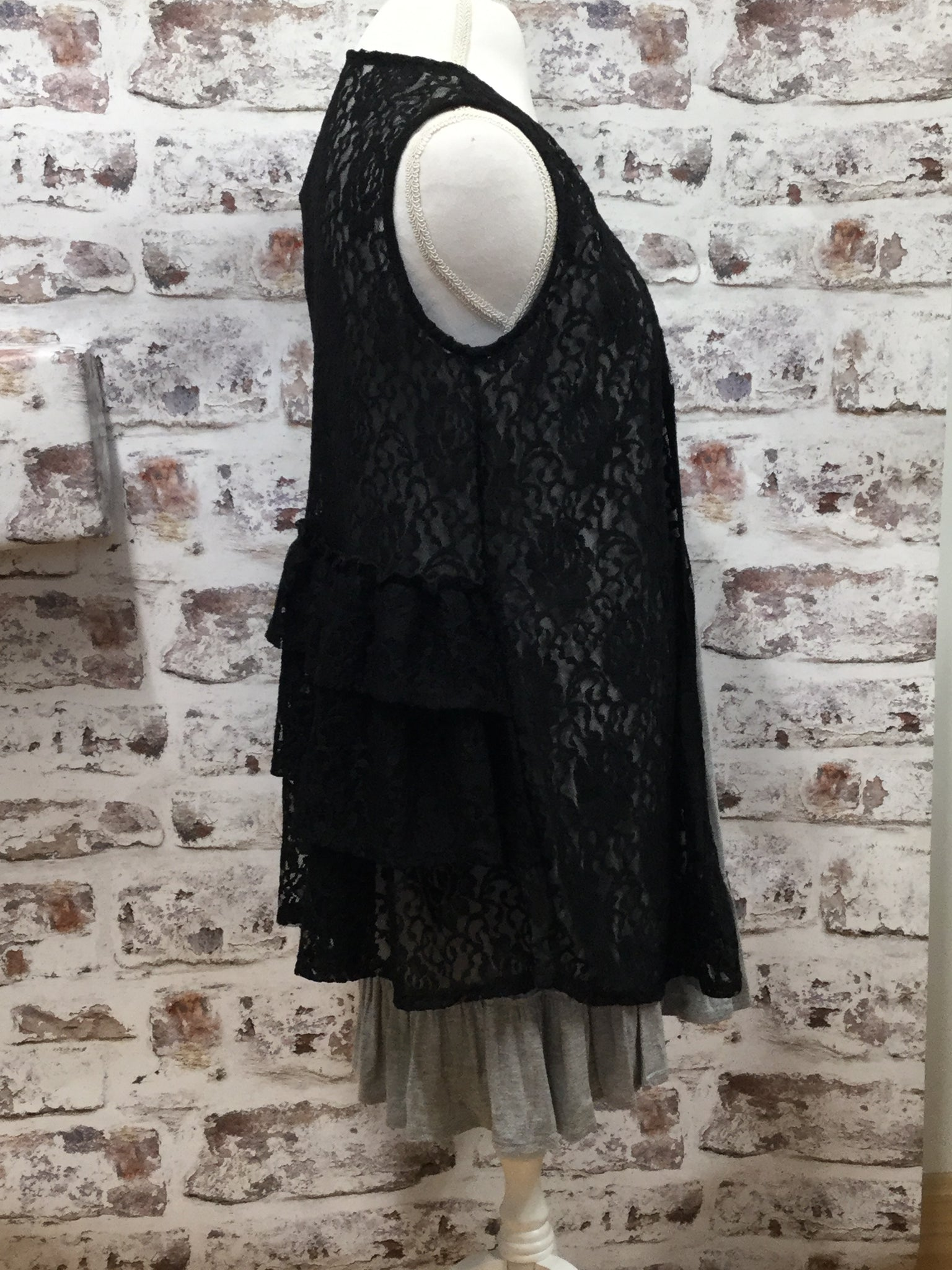 Ruffled Back Lace Vest