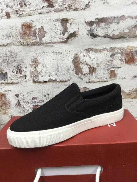 Black Canvas Shoe