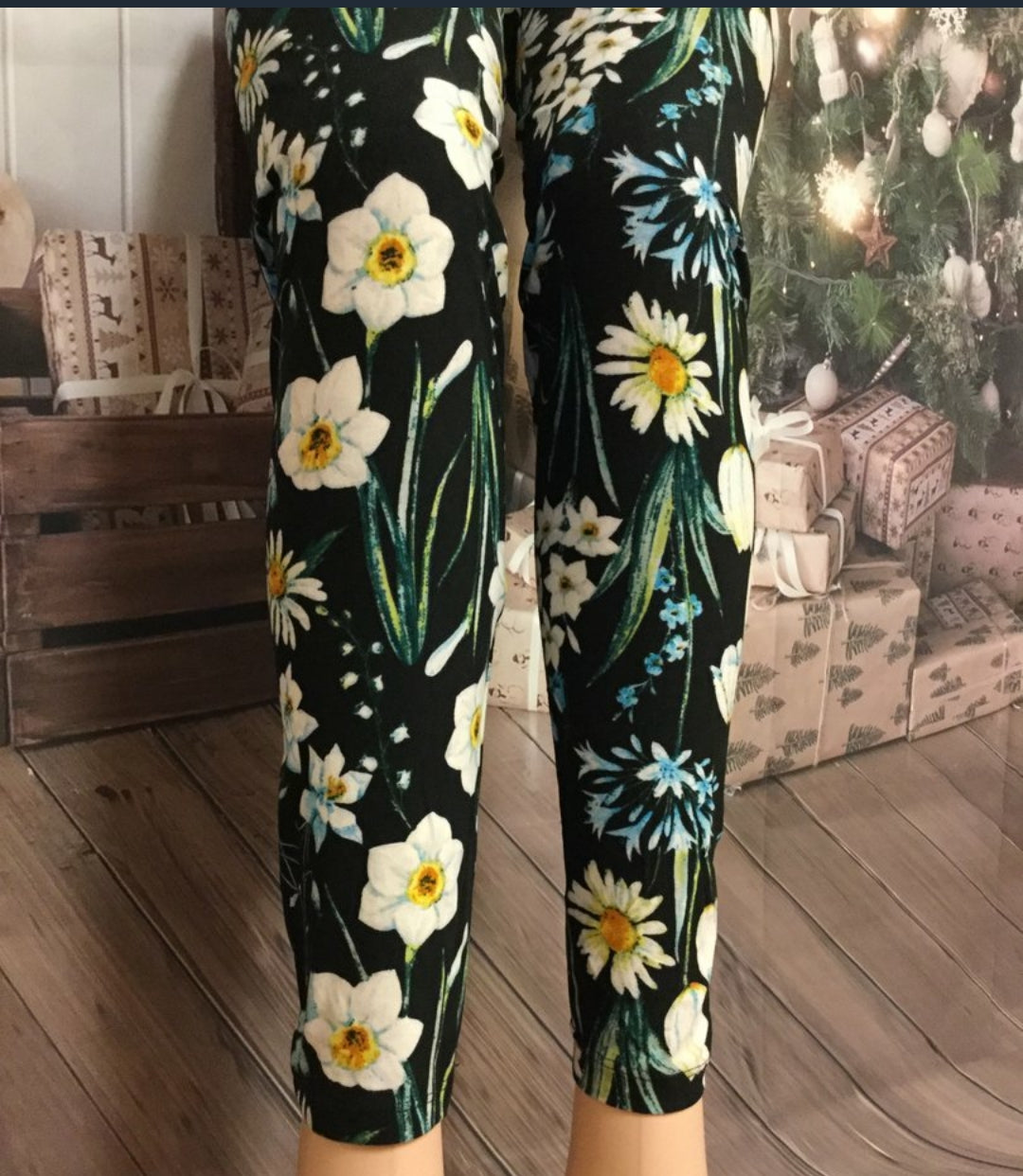 Daisies for Daisy Printed Leggings