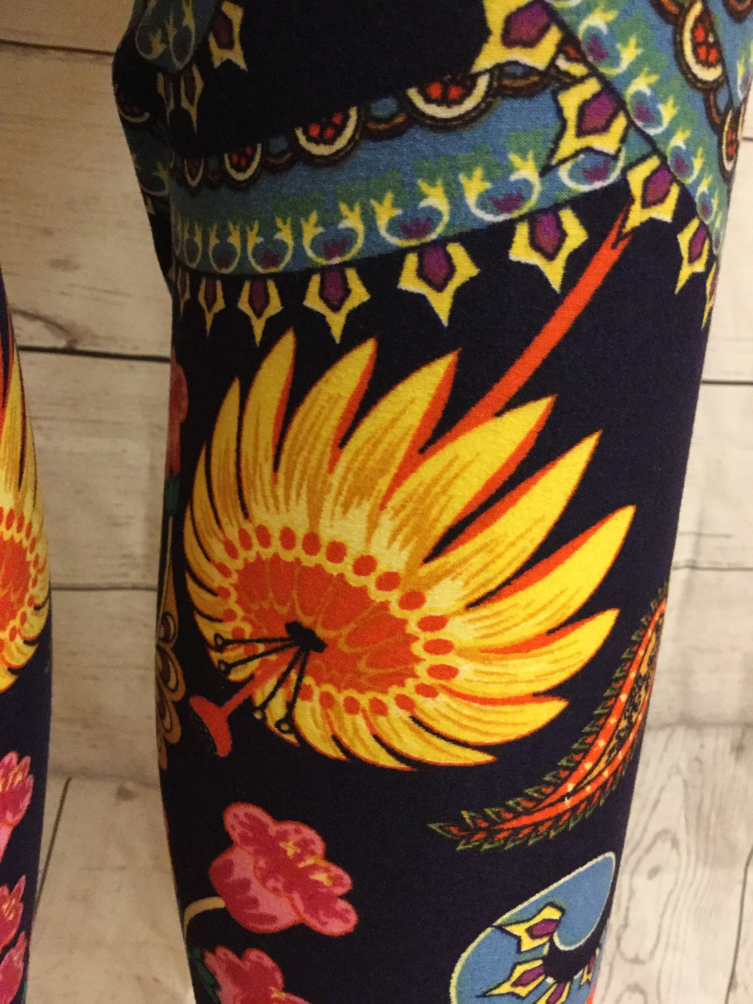 Bright Sunflower Printed Leggings