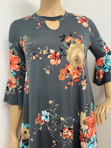Plus Size Floral Top with Keyhole