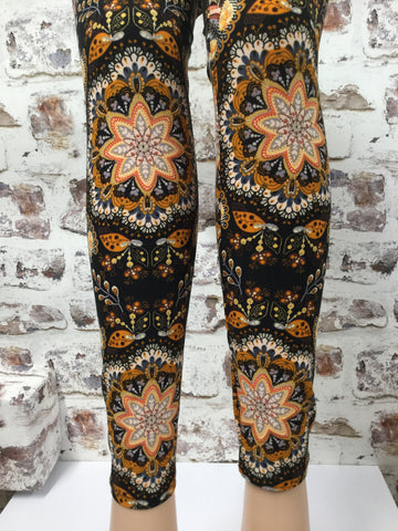 Accustomed to Beauty Print Legging