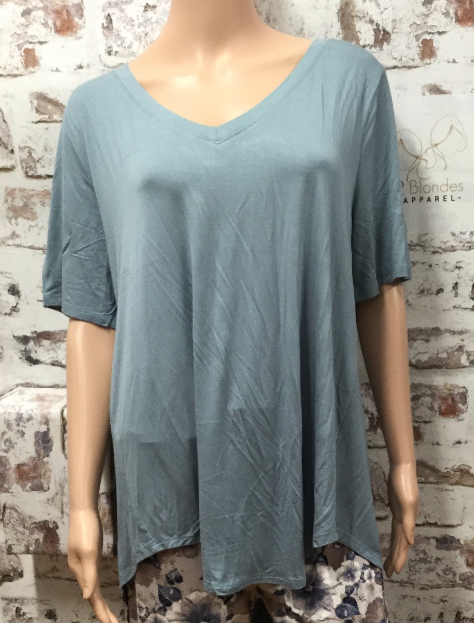 Blue/Gray Extra Plus V Neck Hi-Low Short Sleeve Tunic