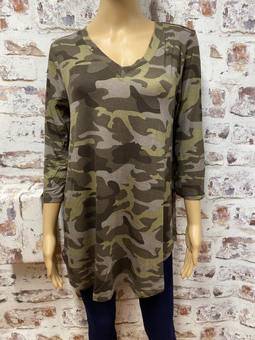 3/4 Sleeve Camouflage Top