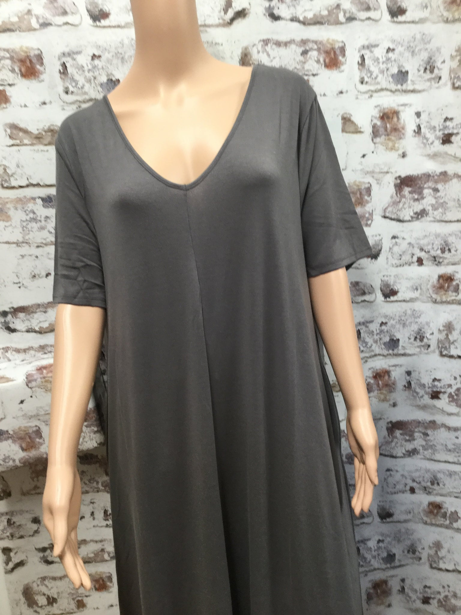 Plus Size Gray V-Neck Short Sleeve Maxi Dress