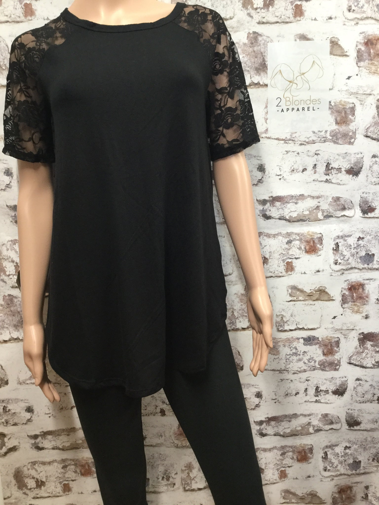 New Round Bottom Lace Short Sleeve Top