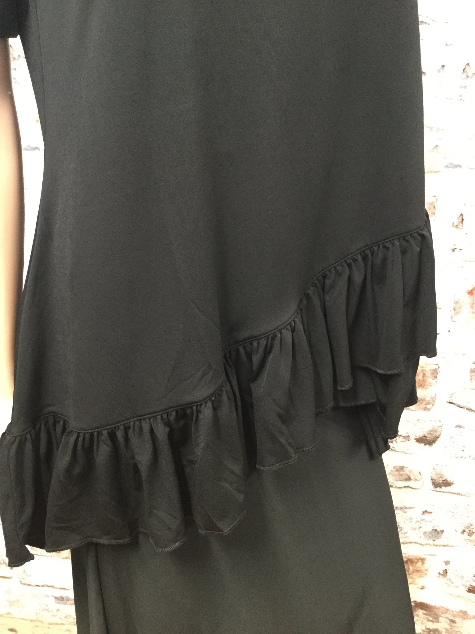 Plus Size Black Tunic with Overlap Ruffled Bottom