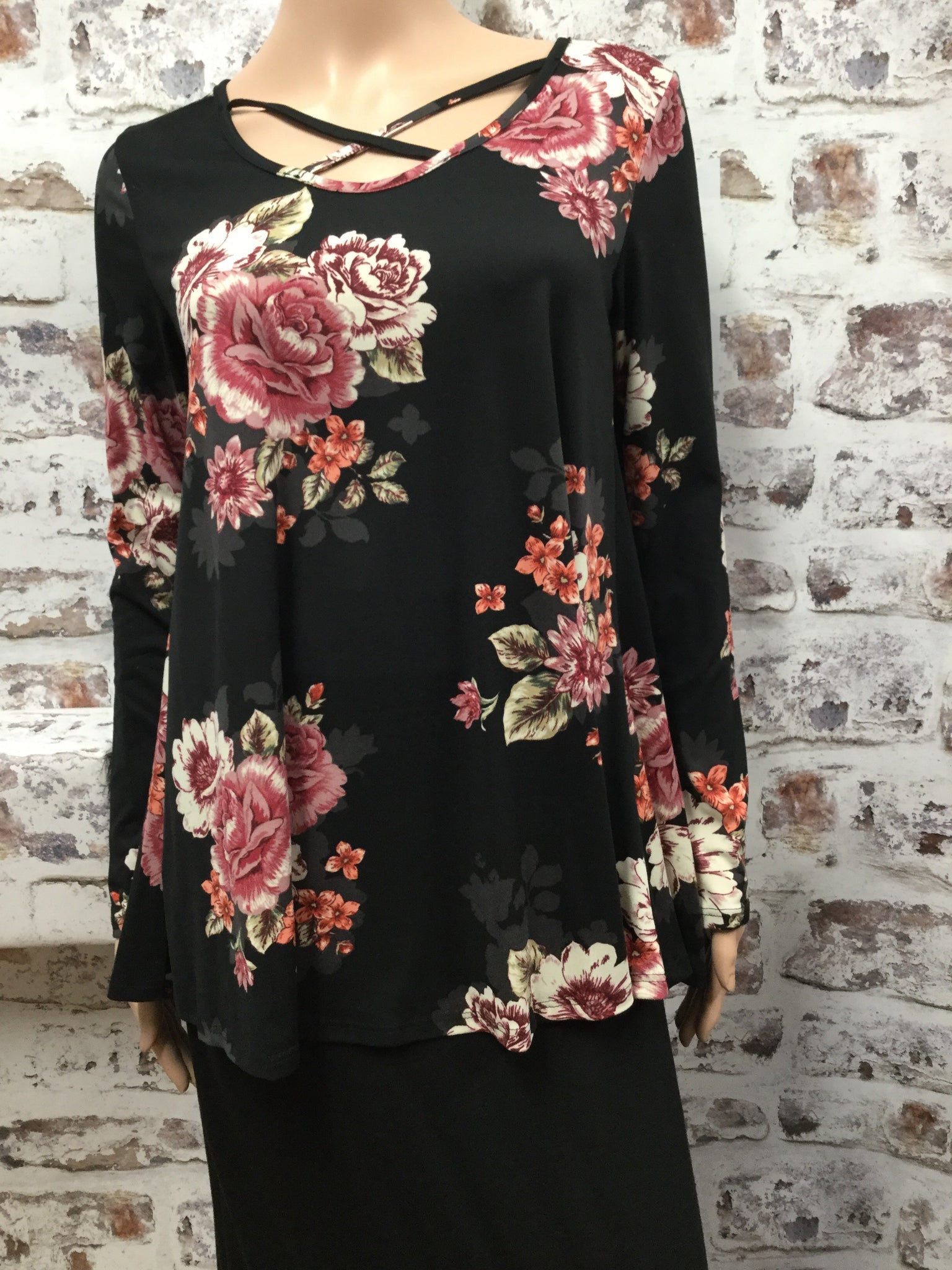 Long Sleeve Black Floral Cris Cross Top