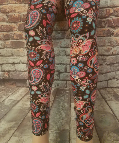 Specialty Paisley Print Leggings