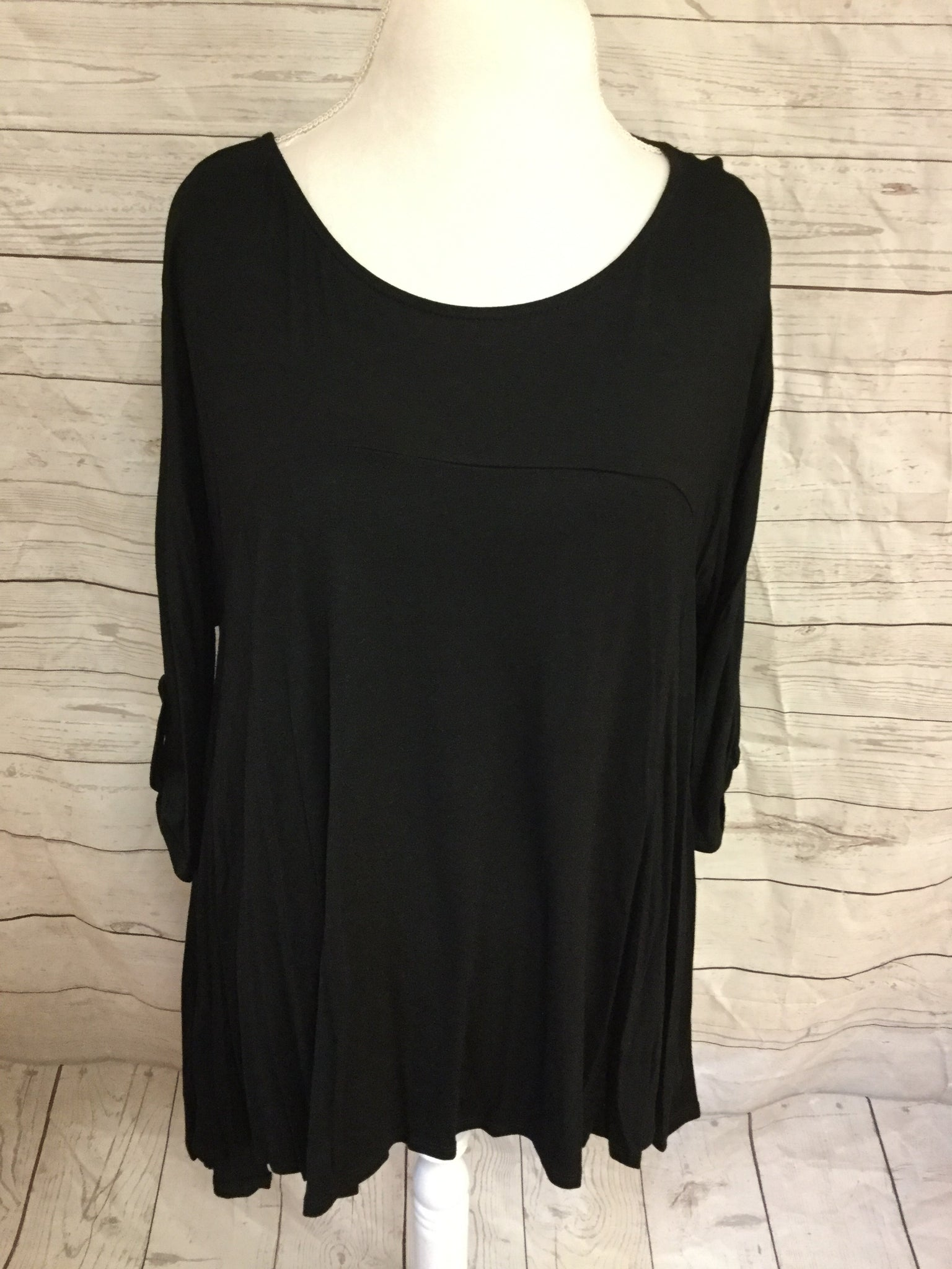Button Up Sleeve with Lined Chest Black Tunic