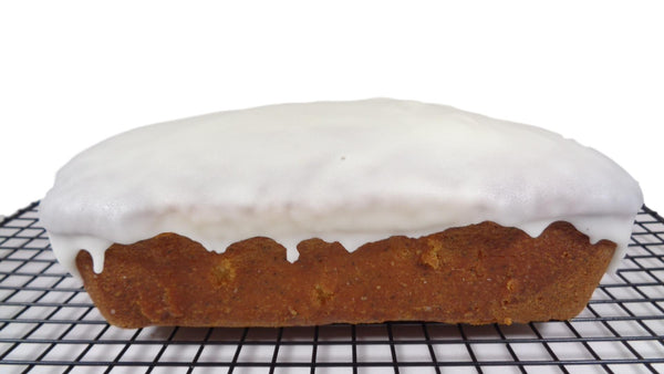 Lemon and poppy seed loaf cake