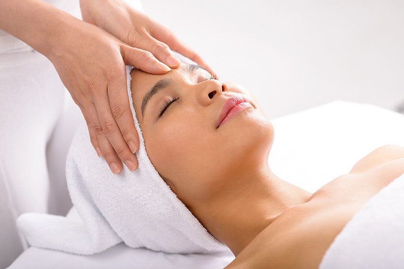 A Professional Facial: Why You Need To Go & What You Need To Know
