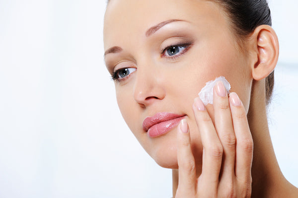 The Top 6 Benefits of a Customized Skin Care Regimen