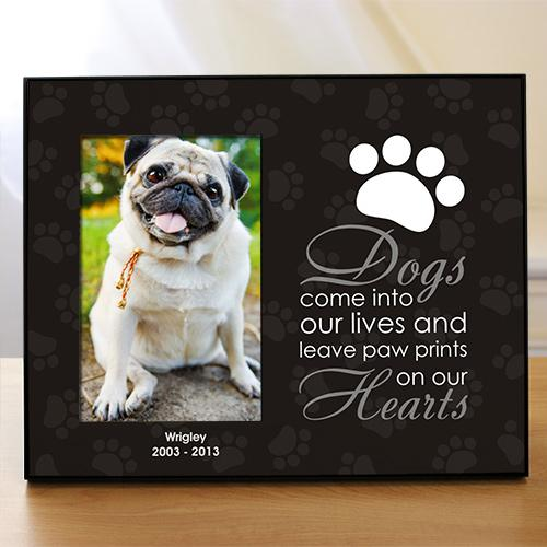 "Personalized ""Leave Paw Prints On Our Heart"" Pet Frame"