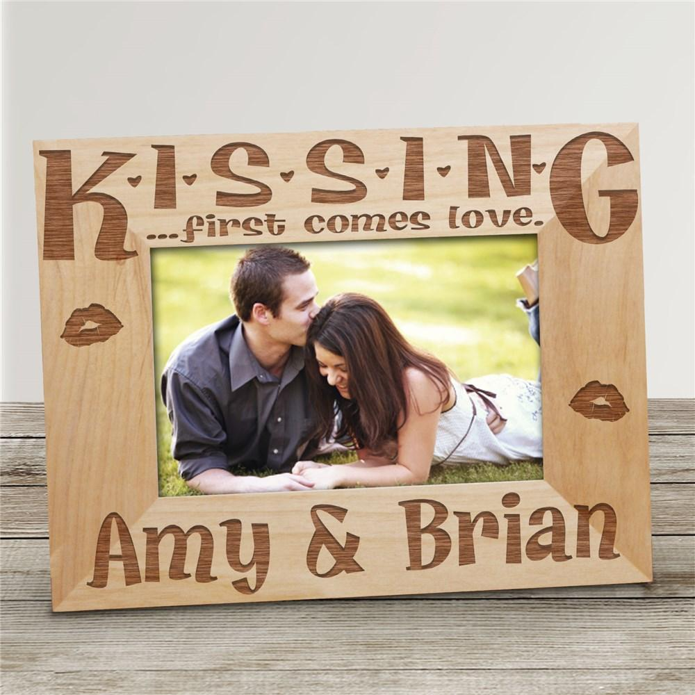 Personalized Valentine's Day Kiss Me Frame - Valentine's Day Gift