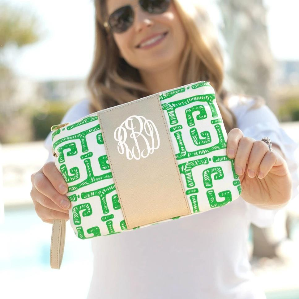Personalized Wristlet - Tiki Green