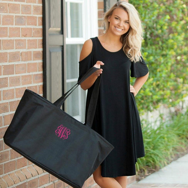 Monogrammed Tote Bags Amp Personalized Beach Bags Giftshappenhere Com Gifts Happen Here
