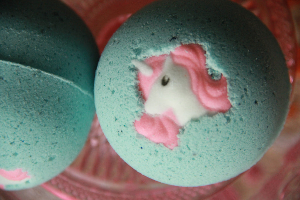 Mythical Cupcake Nourishing Bath Bomb