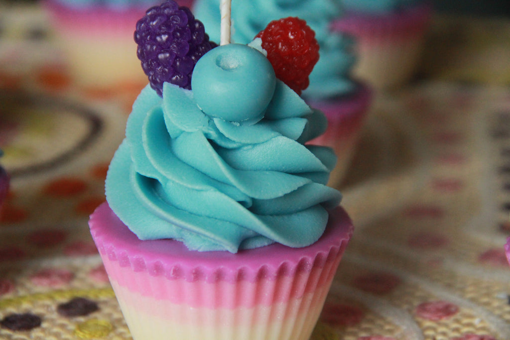 Blueberry Smoothie Premium Cupcake Candle