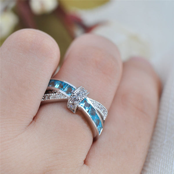 Pretty Princess White Aquamarine Ring - Slim Wallet Company