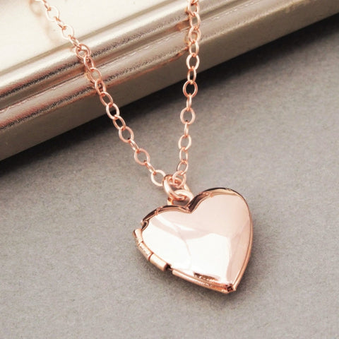 Gold Heart Locket Necklace - Slim Wallet Company