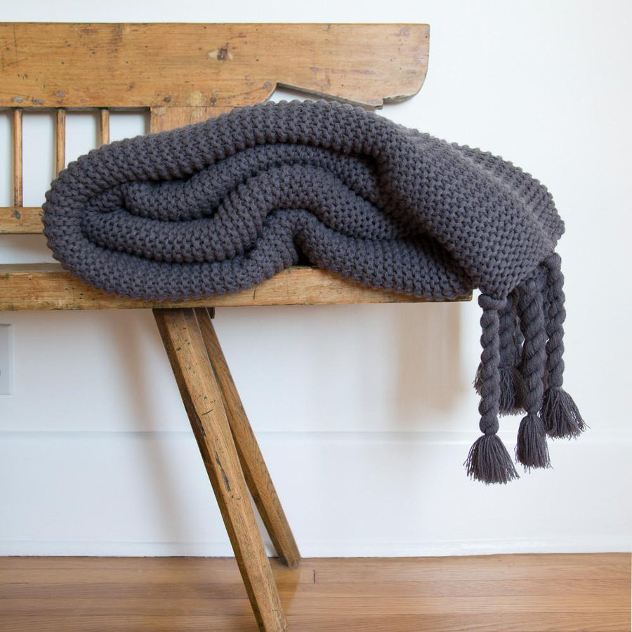 TRESTLES OVERSIZED THROW