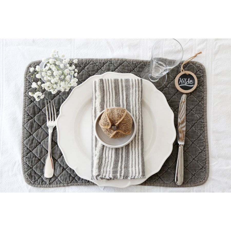 YOUNTVILLE NAPKINS - 5 Colors