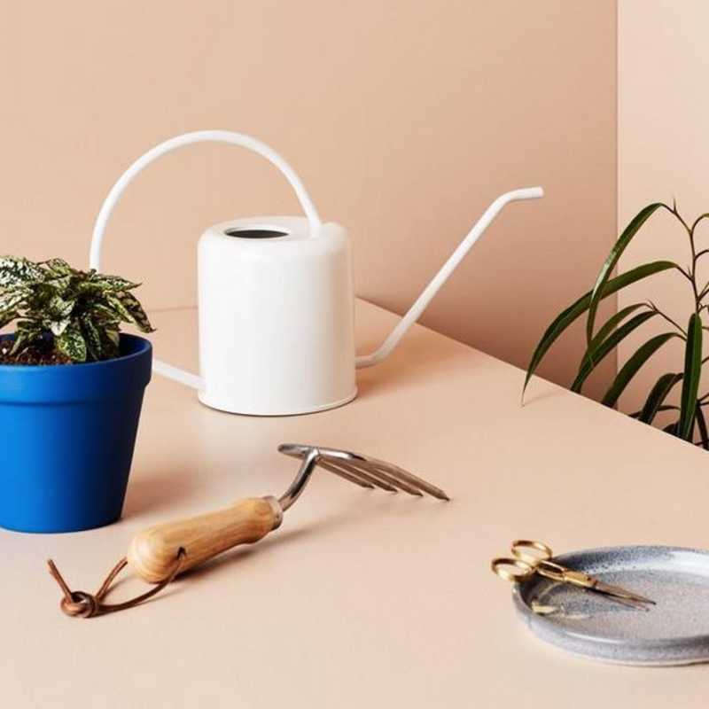 Flora Watering Can / White