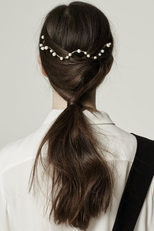 Low Pony + Pearls