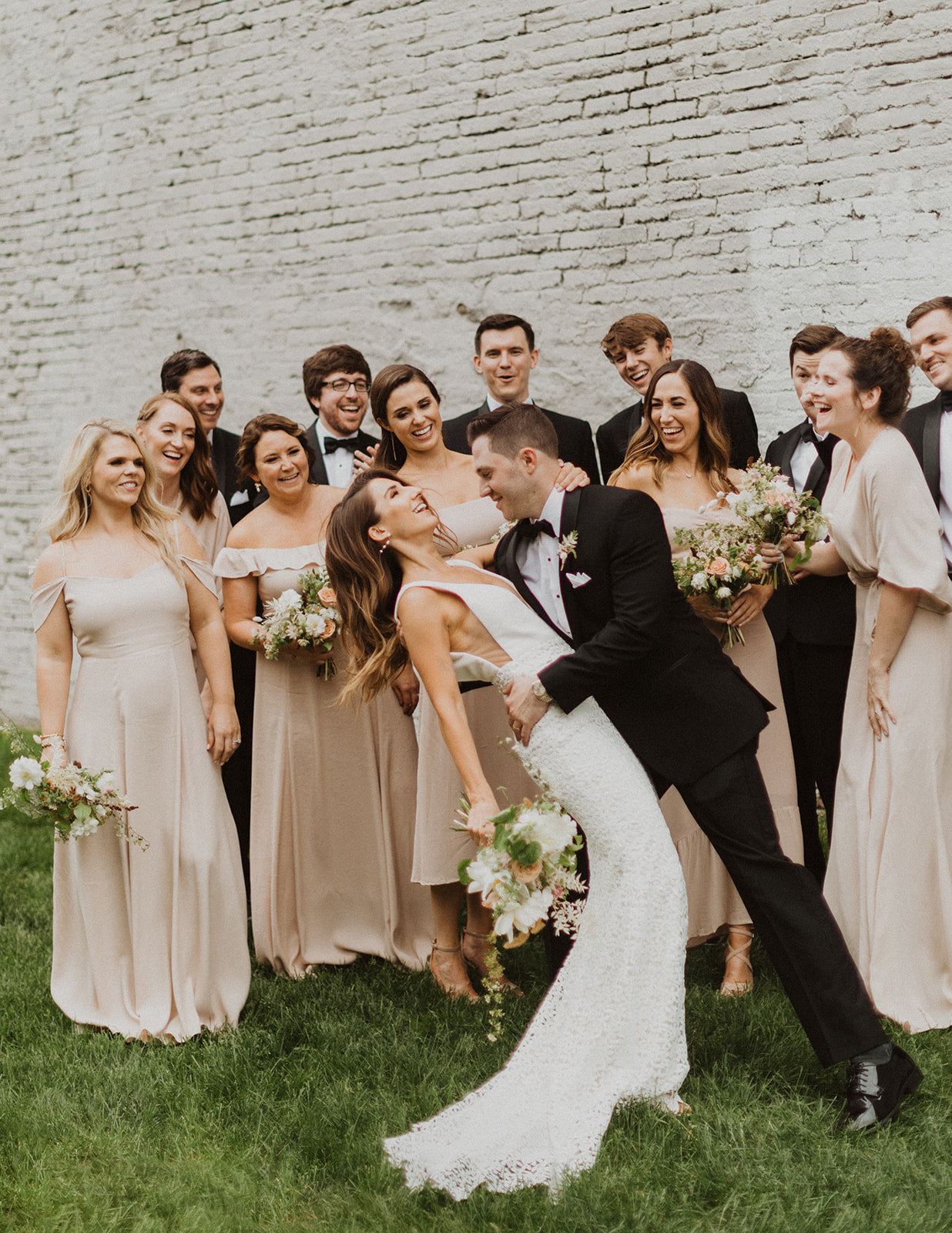 Jenny + Riley's Minimalist Wedding