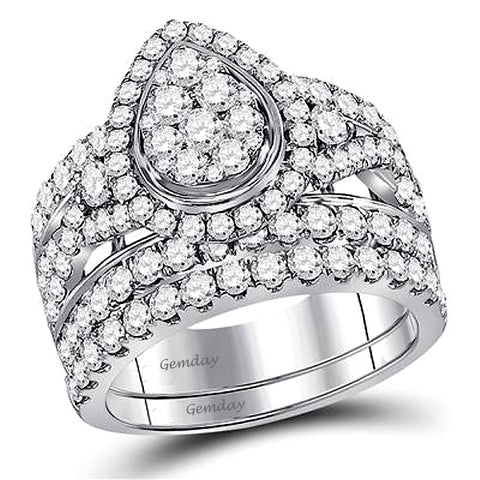 Incredible 3 Carats of Diamonds tw Engagement Ring and Wedding Band