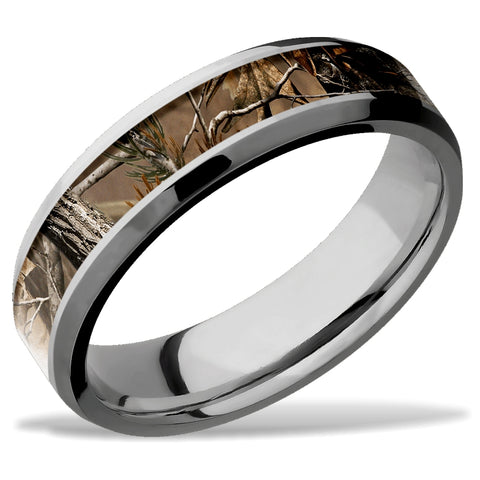 Lashbrook Real Tree AP Camo Titanium Wedding Band