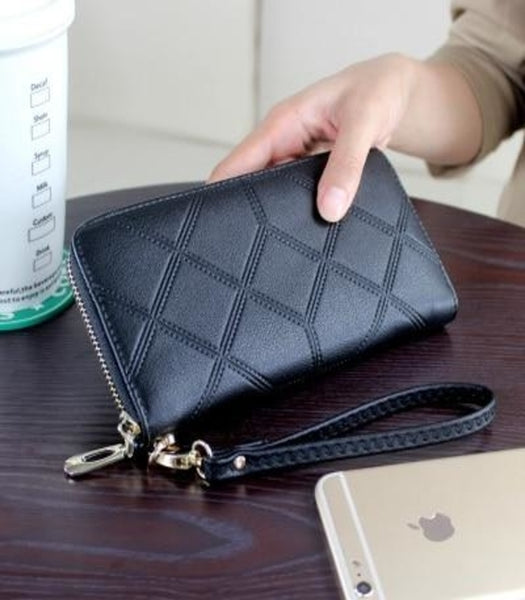 Geometric Leather Women's Wristlet