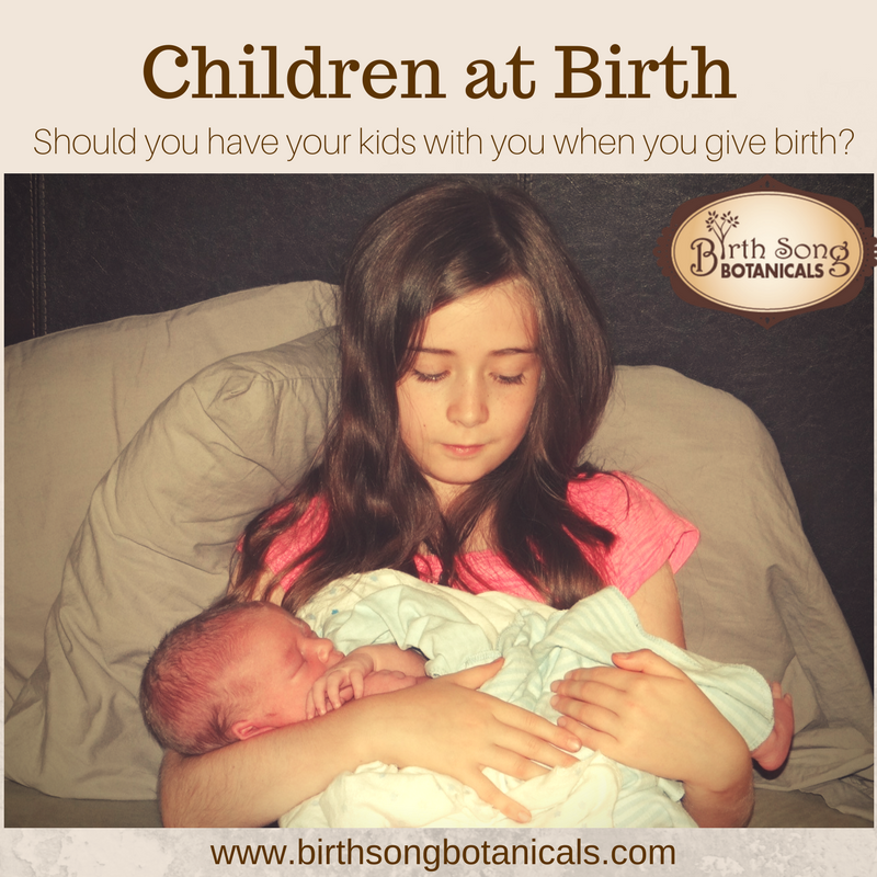 Children at Birth- Should you have your kids with you when you give birth?