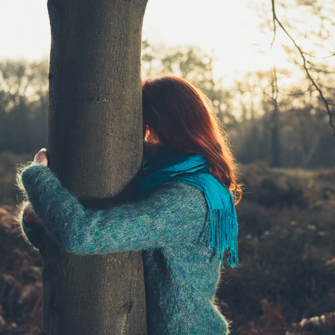 hug a tree to improve your mood