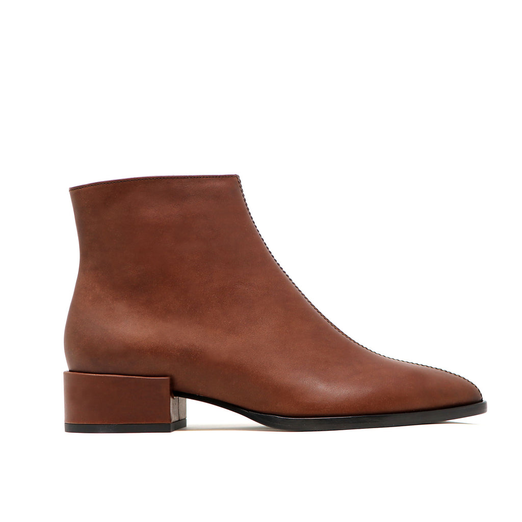 CASSIDY chestnut leather