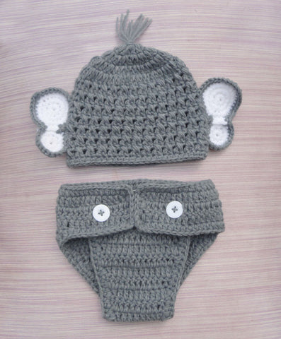 Baby knitted hat and diaper pant set