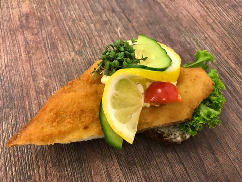 Open Sandwich, Fish Filet (Fiskefilet) 10 pcs half size
